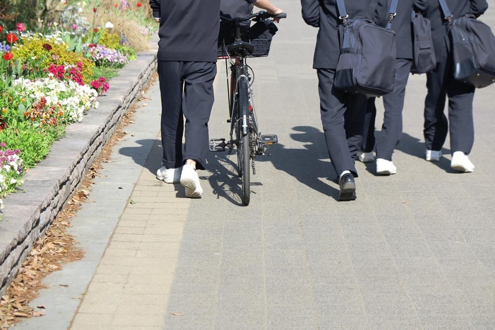男子学生買春